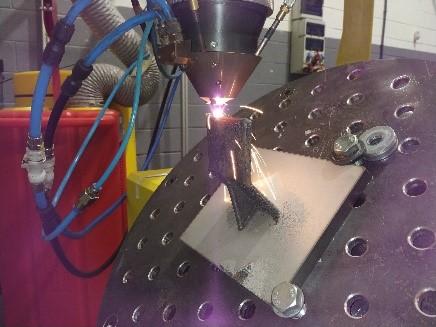 Laser cladding de pared vertical para el proyecto ANDROMEDA